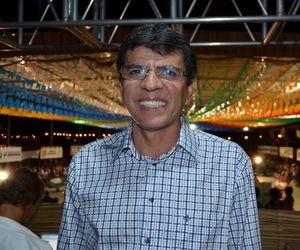 Kaka Andrade comemora o Levanta Poeira em Canindé (Foto: Fredson Navarro/G1 SE)