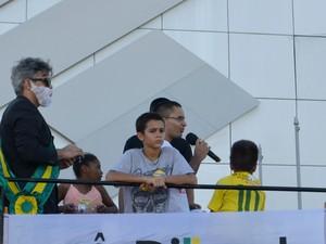 Manifestante usou fantasia de Lula em ato em Macapá (Foto: Abinoan Santiago/G1)