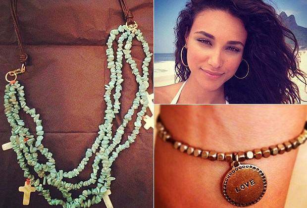 Colar da modelo Yasmin Brunet; atriz Débora Nascimento usa brincos de argola na praia; pulseira dourada com medalha da atriz Bruna Marquezine (Foto: Reprodução/Instagram)