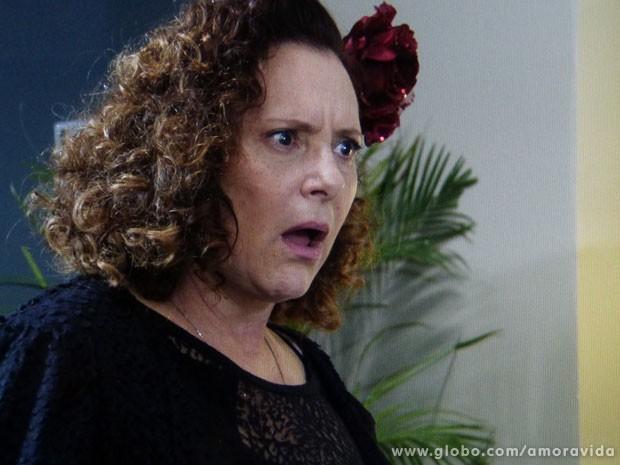 Márcia fica chocada com o fora que leva de Eudóxia (Foto: Amor à Vida/TV Globo)
