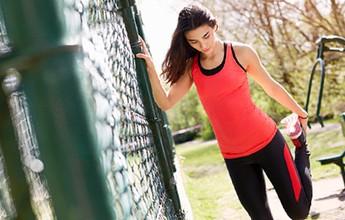 Alongamento, equilíbrio, ritmo... dicas para correr melhor e não se machucar
