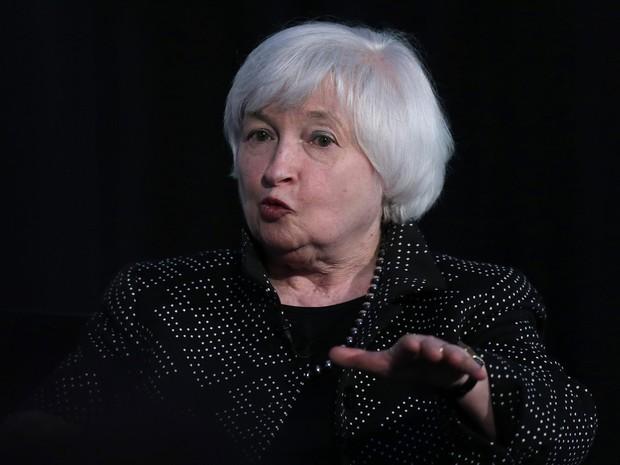A presidente do Fed, Janet Yellen, durante entrevista na Universidade de Harvard, no dia 27 de maio de 2016 (Foto: AP Photo/Charles Krupa)