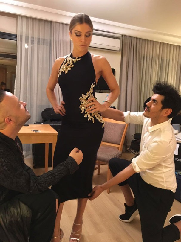 Grazi Massafera com os stylists Juliano e Zuel (Foto: Arquivo pessoal)
