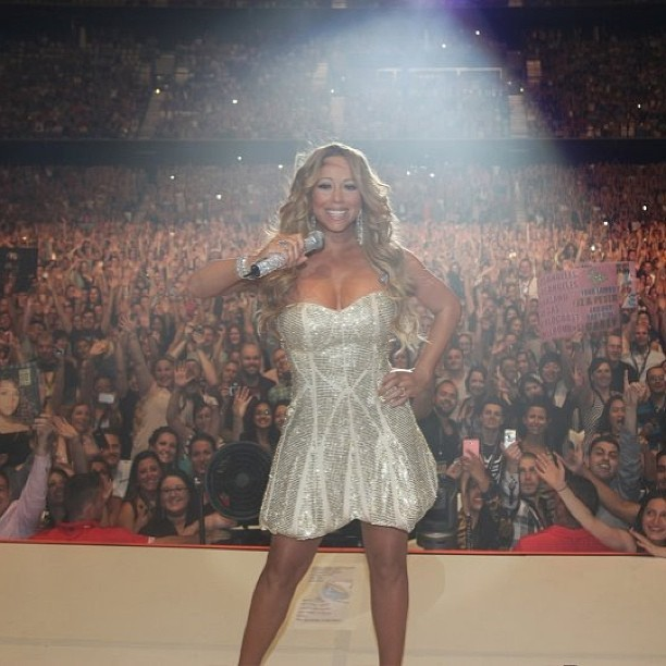 Mariah Carey posta foto em show na Austr&#225;lia (Foto: Reprodu&#231;&#227;o / Instagram)