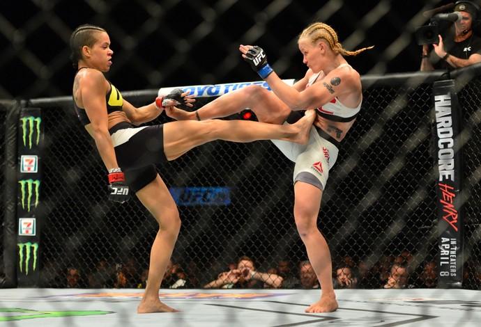 Amanda Nunes Valentina Shevchenko UFC 196 (Foto: Jason Silva)