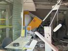 Ladrões explodem caixas eletrônicos em agência bancária no norte do PR