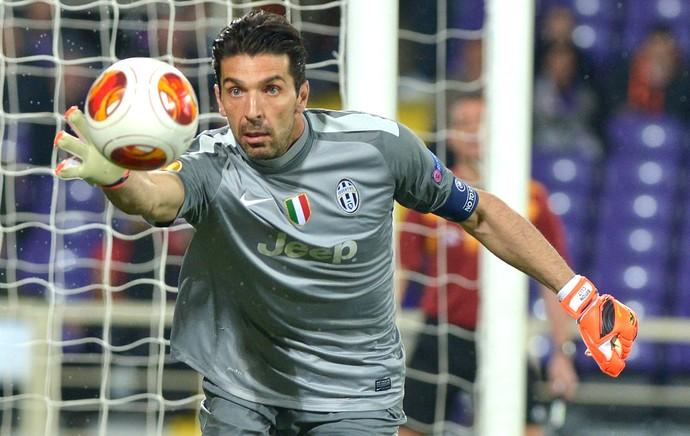 Liga Europa Juventus Buffon  (Foto: AP)