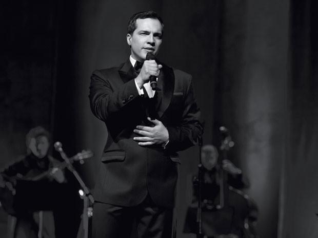 O ator e cantor Daniel Boaventura, que lança o CD e DVD 'Ao vivo' em São Paulo nesta quarta-feira (19) (Foto: Marcos Hermes/Divulgação)