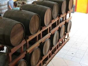 A produção e venda de cachaça no Engenho Triunfo foi o começo do empreendimento. (Foto: Arquivo Sebrae)