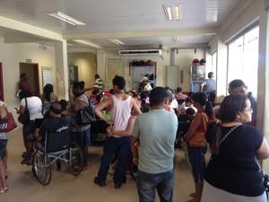 Recepção do Hospital de Emergências, em Macapá (Foto: John Pacheco/G1)
