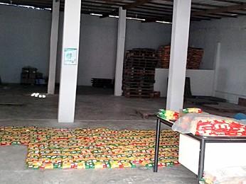 Alimentos estragados também foram encontrados em depósitos. (Foto: Divulgação/Polícia Federal)