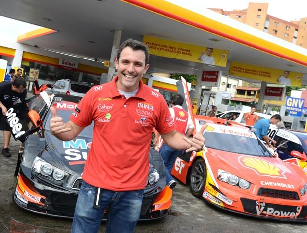 Patrick Gonçalves é o garoto-propaganda da Stock Car em Salvador (Foto: Duda Bairros / Stock Car)