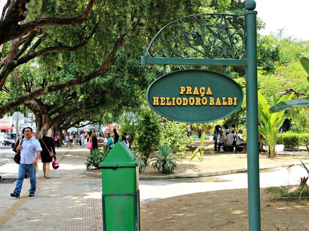 'Praça da Polícia' teve vários nomes antes de ser batizada de Heliodoro Balbi (Foto: Suelen Gonçalves/ G1 AM)
