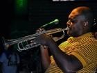 Trompetista Miles Davis é homenageado em show em Penedo
