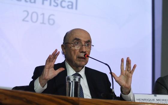 O Ministro da Fazenda, Henrique Meirelles, apresentam a Meta Fiscal 2016 (Foto: Luís Nova / FramePhoto / Agência O Globo)