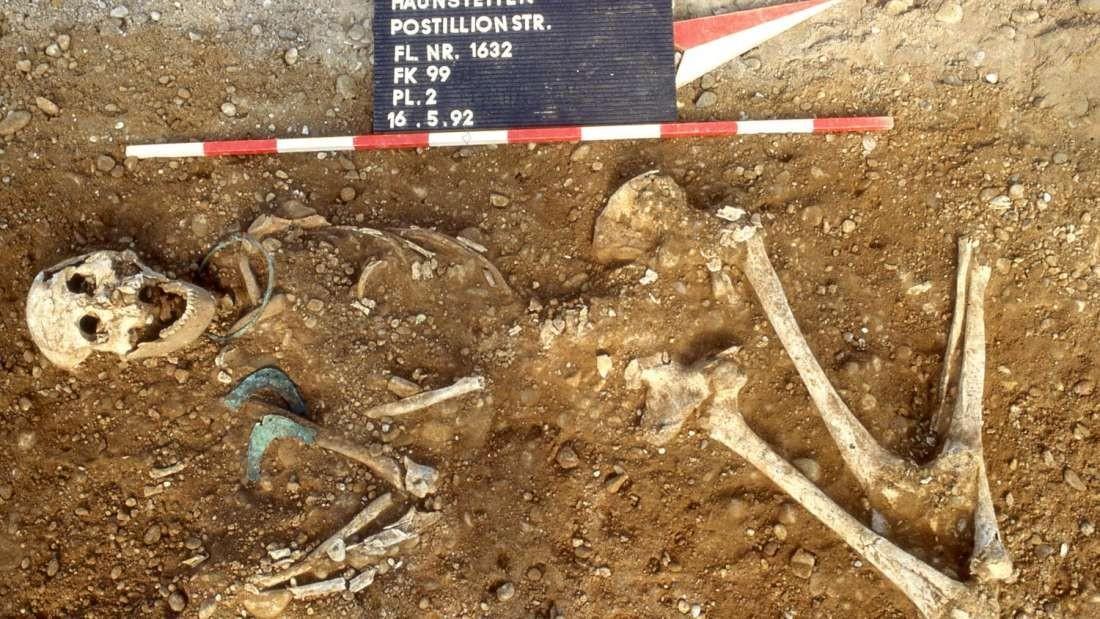 Esqueleto usado na pesquisa (Foto: STADTARCHÄOLOGIE AUGSBURG)