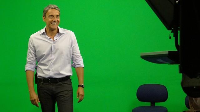 Alexandre Borges nos estúdios da TV Tribuna (Foto: Priscila Martinez)