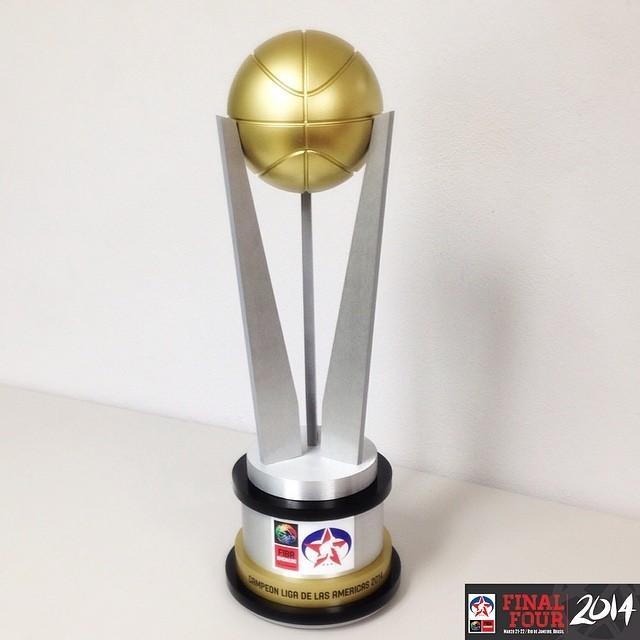 Troféu Liga das Américas 2014 (Foto: Reprodução/Instagram)