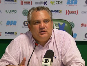 Técnico Branco em entrevista coletiva (Foto: Carlos Velardi/ EPTV)
