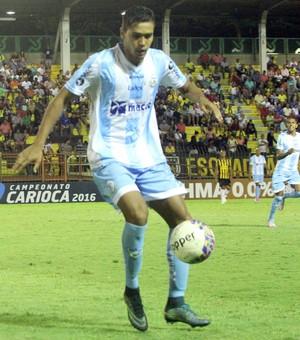 ebert, macaé x volta redonda (Foto: Tiago Ferreira / Macaé Esporte)