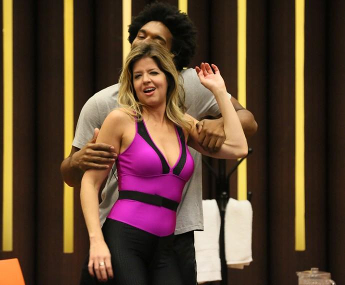 Mariana Santos faz caras e bocas durante treino (Foto: Isabella Pinheiro / Gshow)