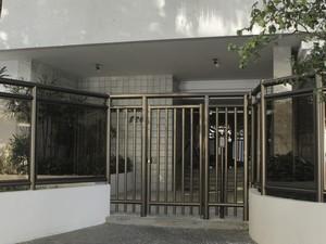 Fachada do prédio do cineasta Eduardo Coutinho na Rua Lineu de Paula Machado, 826, no Jardim Botânico (Foto: Bia Guedes / Parceira / Agência O Globo)