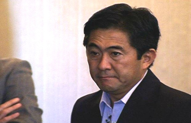 Katayama se defendeu na audiência: Sempre combati os caça-níqueis (Foto: Reprodução/TV Anhanguera)