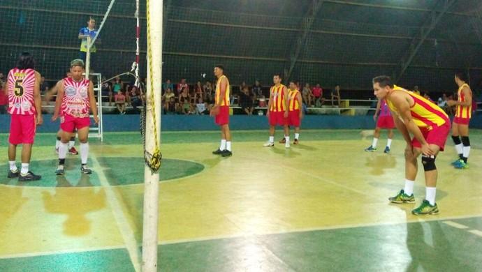 Segunda rodada da Copa da Juventude de Voleibol foi realizada no Ginásio da Cidadania (Foto: Divulgação/Semjel)