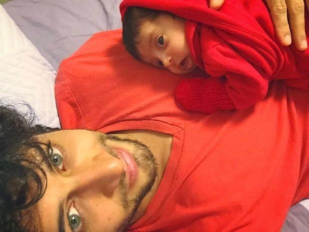 Jesus Luz e a filha Malena (Foto: Reprodução / Instagram)