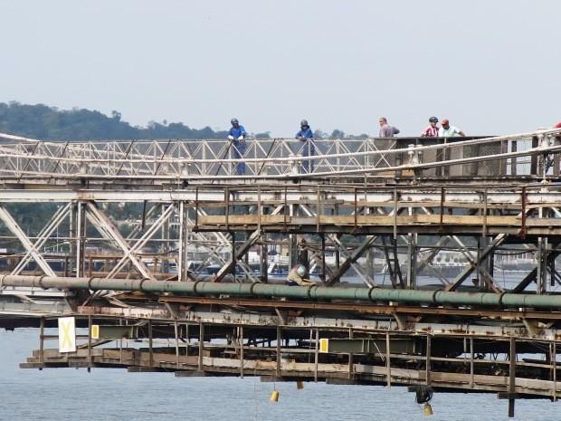 Ponte Pênsil está interditada para o trafégo de veículos desde julho de 2013 (Foto:  Orion Pires/G1)
