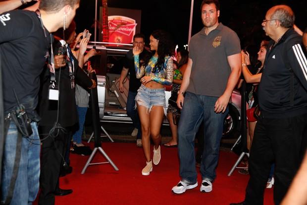 Rihanna chegando no Budweiser (Foto: Felipe Panfili  AgNews)