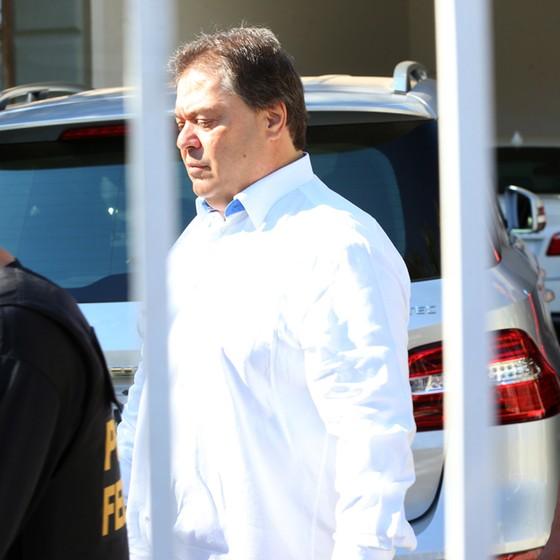 ex-senador Gim Argello (PTB-DF) preso durante operação da polícia Federal. (Foto: Aílton de Freitas/ Agência Oglobo)