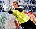 Van der Sar aponta Espanha como favorita, mas quer vingança por 2010