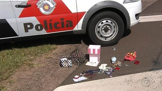 Trio é preso após furtar casa e ser perseguido pela polícia