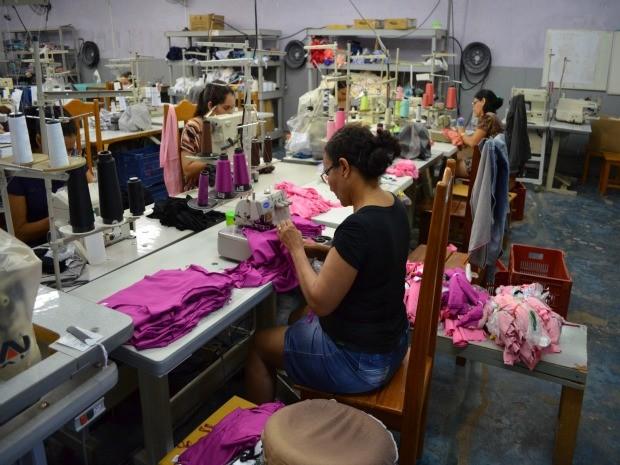Setor têxtil de Pimenta Bueno emprega mais de 700 pessoas (Foto: Magda Oliveira/G1)