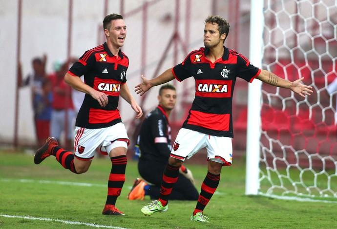 Douglas Baggio  comemora gol do Flamengo contra o Vilhena, Copinha (Foto: Marcos Bezerra / Agência estado)