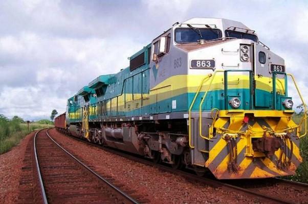 Resultado de imagem para Estrada de Ferro Carajás