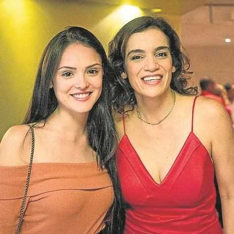 Isabelle Drummond e Simone Leitão (Foto: Daniel Ebendinger)