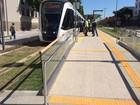 Trecho do VLT entre rodoviária e aeroporto S. Dumont é inaugurado