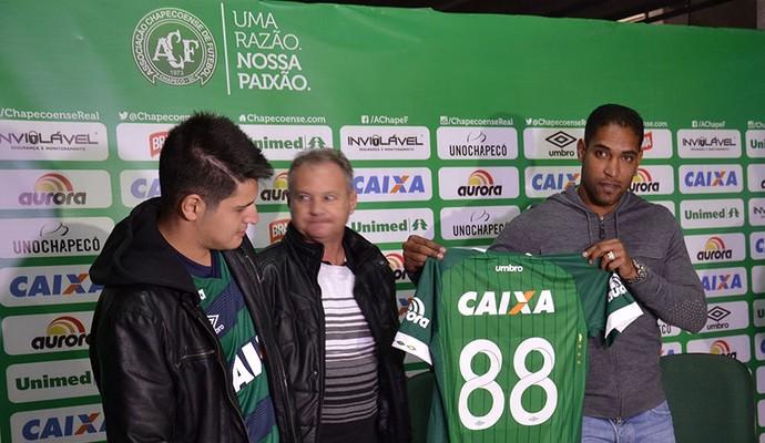 Renan Souza sócio da Chapecoense (Foto: Francieli Constante/Chapecoense)