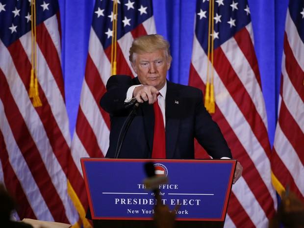 Donald Trump dá primeira entrevista coletiva como presidente eleito dos EUA (Foto: Lucas Jackson/Reuters)