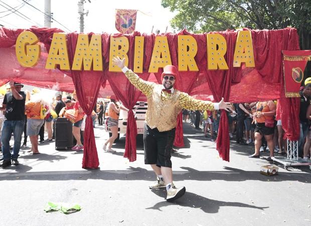 Tiago Abravanel puxou o bloco Gambiarra nas ruas de Pinheiros (Foto: Rafael Cusato/Brazil News)