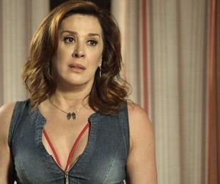 'A lei do amor': Claudia Raia em cena como Salete | TV Globo