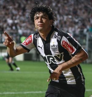 Atacante Luan comemora gol marcado sobre o Avaí (Foto: Bruno Cantini/Flickr do Atlético-MG)