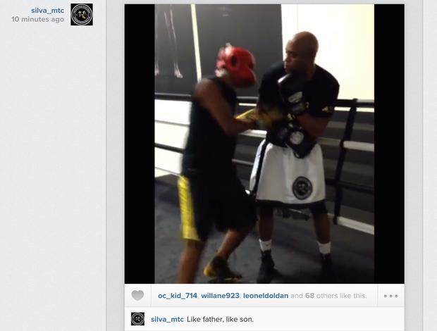 Anderson Silva treina com o filho Gabriel
