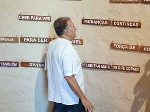 Capela Ecumênica foi criada por aposentado em Oliveira (Foto: Aline Fonseca/Arquivo Pessoal)