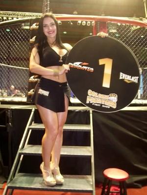 Ring girl Thays Leão (Foto: Arquivo pessoal)