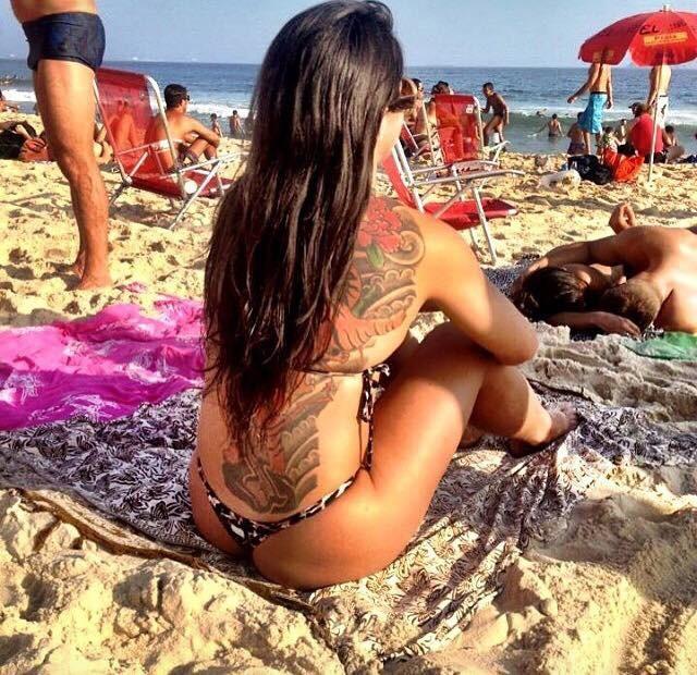 BLOG: Ainda sem luta marcada, Claudia Gadelha posta foto curtindo praia no Rio de Janeiro