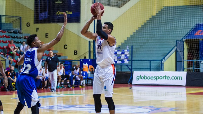 Liga Sorocabana x Pinheiros Holloway Castellon (Foto: Murilo Amadei / LSB)
