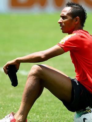 Liedson no treino do Flamengo (Foto: Ivo Gonzalez / Agencia O Globo)